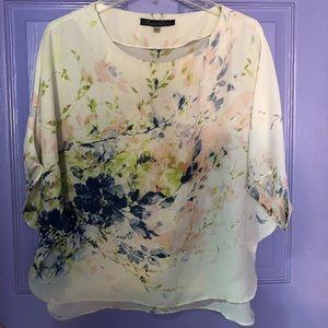 Beautiful blouse size Large